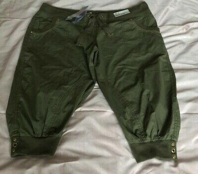 Cropped Trousers In Khaki Size 18 BNWT • 4£