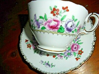 Crown Staffordshire Tea Cup & Saucer Floral With Black/Gold Edge Vgc • 5.99£