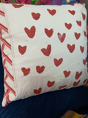 Pair Of Red Love Heart Cushion Covers Cream Background 100% Cotton Zip Fastening • 2.99£