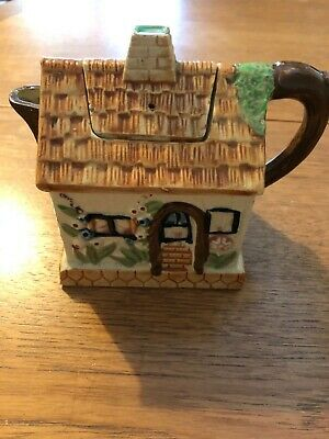 Cottage Teapot Made In Japan • 4£
