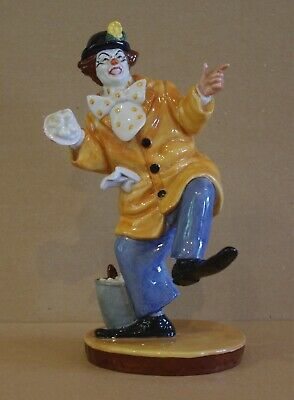 ### Lovely Royal Doulton Clown Figurine - The Clown Hn2890 ### • 90£