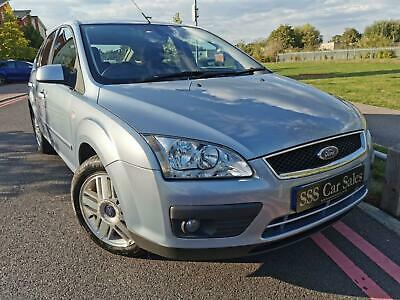 2005 54 Ford Focus 1.6 115 Ghia +++TOP OF THE RANGE MODEL+++ • 1,495£