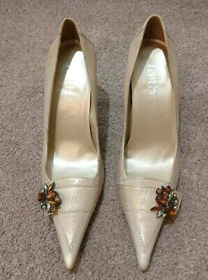 FAITH Ivory/Gold Court Shoes With Diamond Brooch. Size 5. RRP £65 • 45£