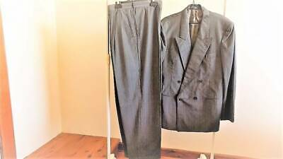AU125 • Buy GUCCI DOUBLE BREASTED SUIT( Made In Italy)