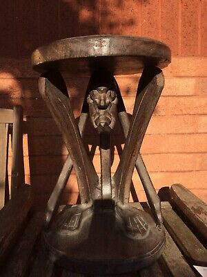 "Retro African Tribal Wood Carving Table Stool 16"" Tall And 11"" Round. • 20£"