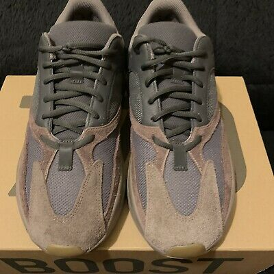 $ CDN429.39 • Buy Yeezy Boost 700 Muave Size 10 100% Authentic