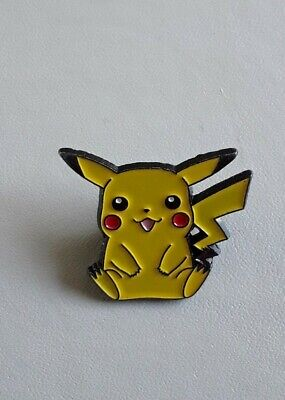 Official Pikachu Pokemon Pin Badge - Good Condition • 6.50£