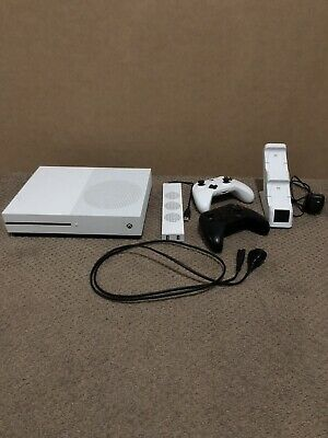AU200 • Buy Microsoft Xbox One S 500 GB White Console With 2 Controllers With Charging Stand