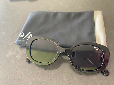 AU15 • Buy QUAY AUSTRALIA - Lulu Rectangle Sunglasses Black