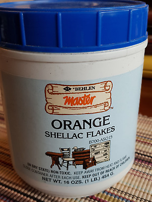 H. Behlen Master Orange Shellac Flakes, 1 Lb (about 450 G); Made In USA • 20£