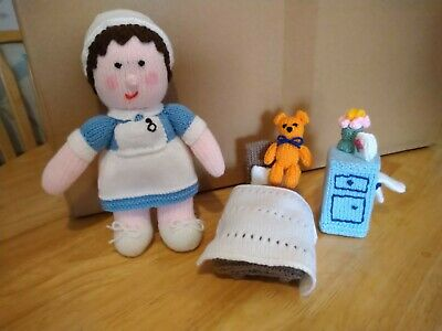 Hand Knitted Nurse & Accessories • 18£