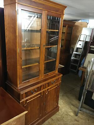 Strongbow Furniture Tall Display Cabinet Dresser Unit Cupboard With Drawers • 10£