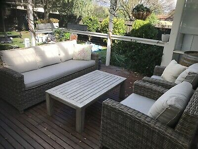 AU650 • Buy 4 Piece Outdoor  Lounge Setting - As New