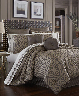 $ CDN380.61 • Buy J Queen New York 4-pc King Comforter Set Astoria Mink