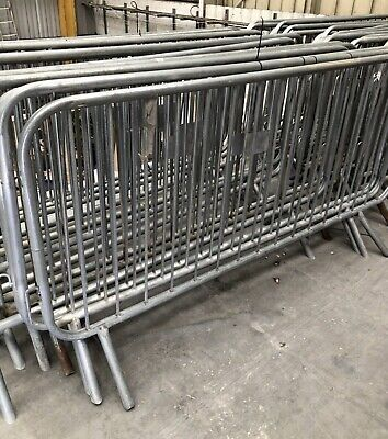 Pedestrian Barriers - Crowd Control Fencing • 15£