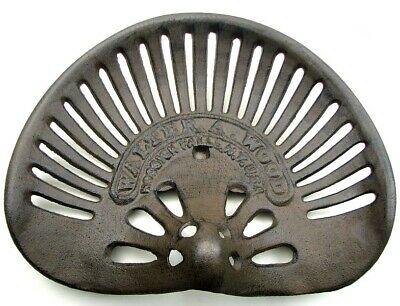 Reproduction Walter A Wood Antique Cast Iron Tractor Seat 16 1/2  Wide 0184-0339 • 54.94£