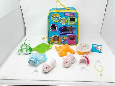 Zhu Zhu Pet- Snowcup & Jilly In Princess Outfits & Collectors Case & Assessories • 28£