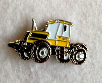 Enamel  Pin Badge TRACTOR **Free Post** • 2£