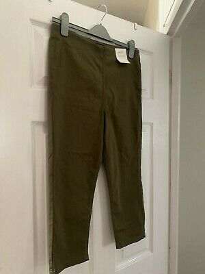 F&f Khaki Cropped Trousers Size 12 • 4.50£