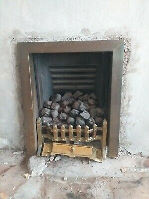 Living Flame Coal Effect Inset Gas Fire • 20£