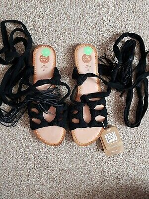 Ladies Black Leather Suede Strappy Sandals Size 7 BNWT • 5£