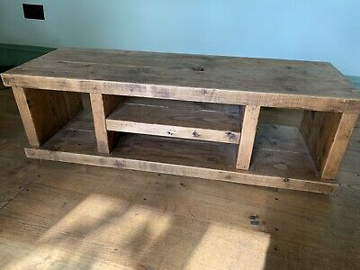 Solid Oak Coffe Table Or TV Stand  • 50£