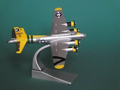 Corgi Aviation Archive Model B-17g Flying Fortress 1:144 Wwii Usaaf Xmas Gift • 24£