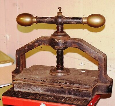 Paper And Book Press Vintage / Antique • 110£