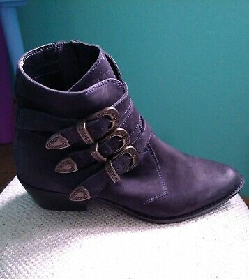 Superdry Womens Navy Blue Leather Boots, Buckles, Cowboy/ Chelsea  Size 4 UK. • 22£