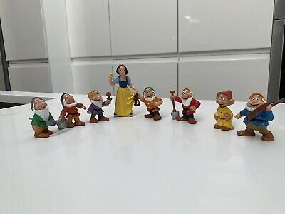 VINTAGE DISNEY SNOW WHITE PRINCE CHARMING AND THE SEVEN DWARFS Figures • 24£