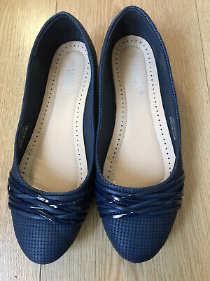 Ladies Flat Shoes By Wallis. Navy. Size 5. Hardly Used. • 7.50£