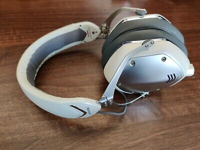 V-Moda Crossfade M-100 Over-Ear Noise-Isolating Metal Headphones - White Silver • 89.99£