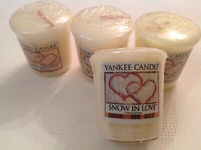 Yankee Candle Votive Samplers X4 Snow In Love Fragrance. Christmas Range.  • 4.40£