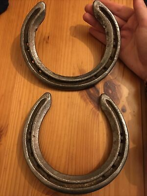 2x Metal Iron Real Horse Shoe, Gift Wedding Charm Ornament Craft, Good Luck! • 9.50£