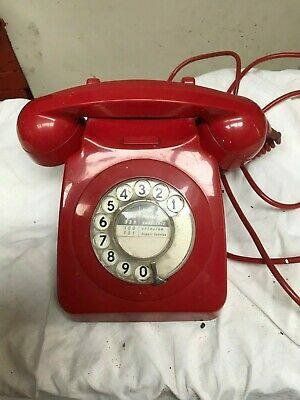 Collectors British Telecom RED Telephone • 13£