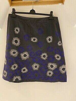 Boden Embroidered Skirt Size 18R • 10£