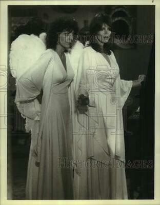 $ CDN24.98 • Buy 1979 Press Photo Donna Ponterotto And Carol Wayne Star In  Heaven On Earth.