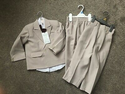Boys Suit, Shirt, Waistcoat And Dickie Bow Age 2 • 5£