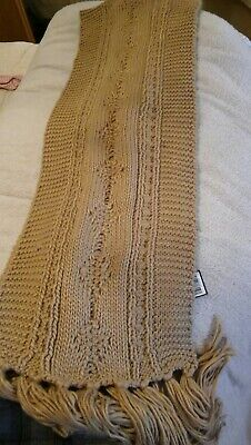 £6 • Buy Beige Chunky Cable Knit Scarf.BNWL