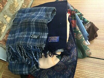 Job Lot Of 10 Mens And Womens Warm Scarfs Some Vintage • 20£