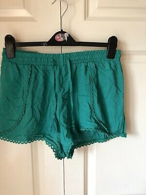 Womens Ladies Green Summer Lace Trim Hotpants Shorts Size 12 • 4£