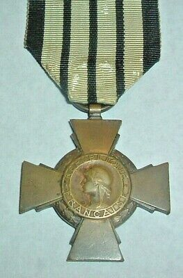 Medals-original French/france Ww2 1939-1940 Vichy Combatants Cross • 135£