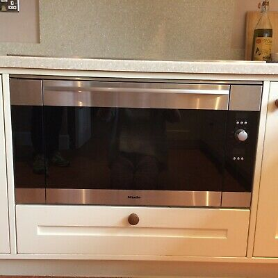 Miele Classic Oven (Miele 90cm Ceramic Hob Pictured Is Also Available) • 51£