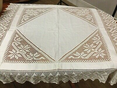 """Vintage Antique? Linen And Deep Lace Edged Table Cloth 48x50"""" • 20£"""