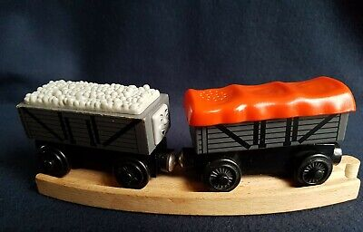 Wooden TROUBLESOME GIGGLING TRUCKS Thomas & Friends Wooden Train Track BRIO Comp • 18.99£