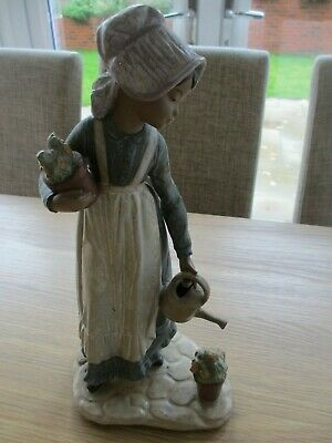 Beautiful Vintage Nao By Lladro Figure Figurine-Girl With Watering Can & Flowers • 5£