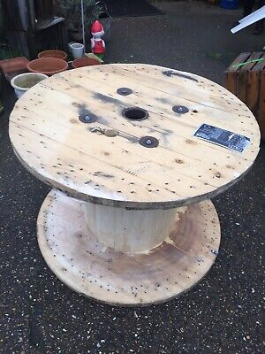 Wooden Cable Drum • 39.50£