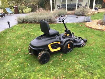 RideOn Outfront Rider Lawn Mower Mc Culluck M125-85FH Manufactured By Husqvarna  • 1,500£