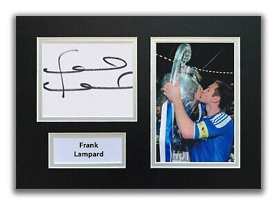 £39.99 • Buy Frank Lampard Hand Signed A4 Mounted Photo Display - Chelsea Autograph.