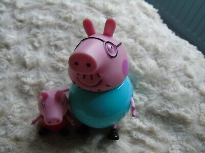 Peppa Pig And Daddy  Pig Models - 109 • 3.50£